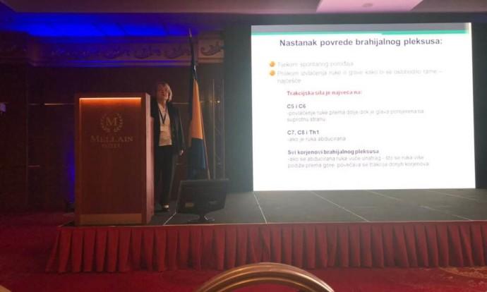 Prof.dr.sc. Milena Stojčević Polovina drži uvodno predavanje o parezi brahijalnog spleta, Kongres fizijatara BIH 2018